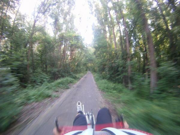 kézihajtányos fekvőkerékpárról készült kép