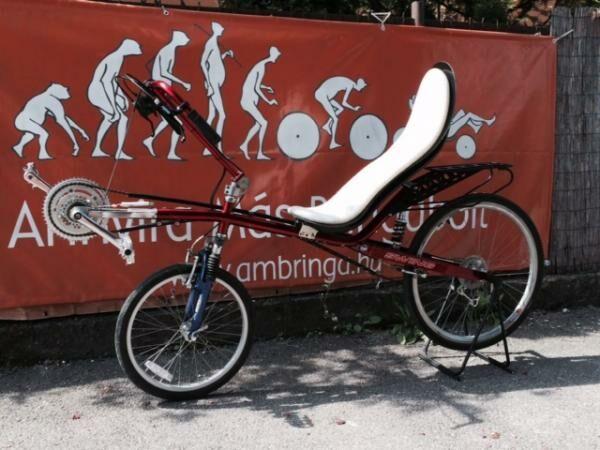előredöntött kézihajtányos fekvőkerékpár