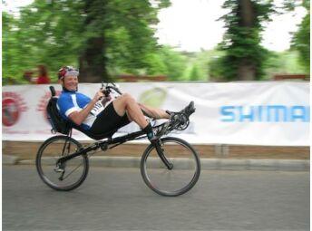 fekvőkerékpáros