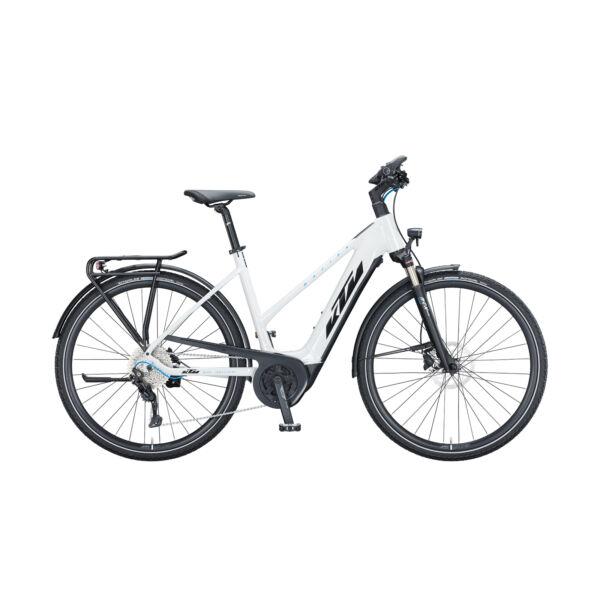 KTM Macina Sport P610 elektromos kerékpár fehér színben