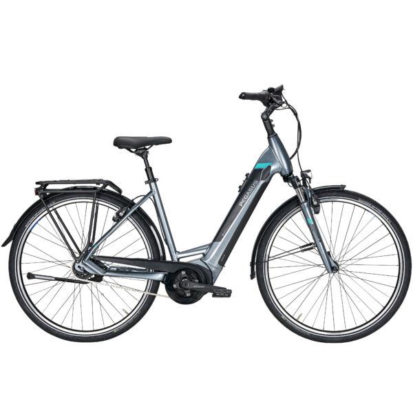 Pegasus Premio Evo 5F elektromos kerékpár ezüst színben, unisex komfort vázzal