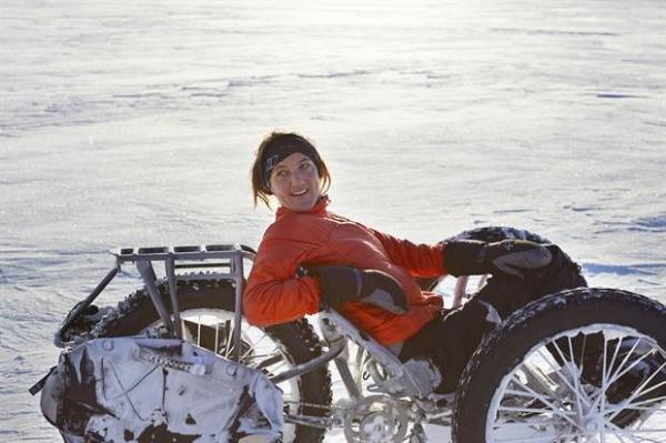 maria_on_the_white_ice_trike.jpg